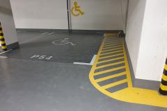 Mélygarázs festés, mozgáskorlátozott parkoló